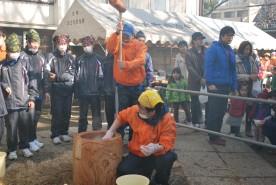 2015年1月25日(日)橋戸稲荷神社にて餅つき大会